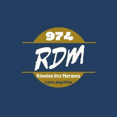 Logo Réunion Des Marques spécialisé en destockage des plus grandes marques aux meilleurs prix ! GUESS, DESIGUAL, SPARCO, VERSACE ... un large choix s'offre à vous